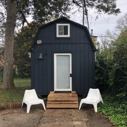 Ep. 52: Staying in a Tiny House